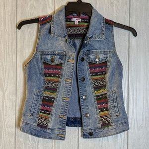 ☕EUC Bongo denim patch vest sz Sm
